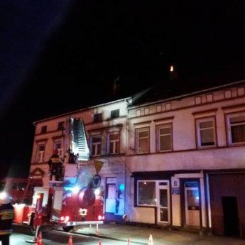 Pożar sadzy w Golczewie. Na miejscu strażacy z Kamienia i Golczewa