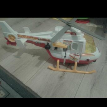 Sprzedam zabawkę po synu helikopter