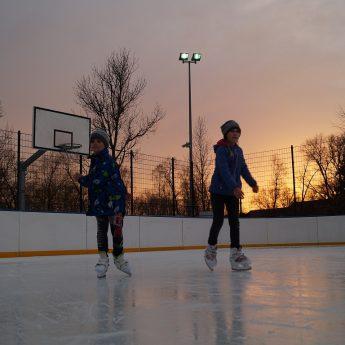 W sobotę otwarcie lodowiska w Dziwnowie