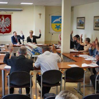 Burmistrz Dziwnowa z jednogłośnym absolutorium