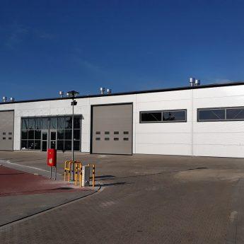 Nowe budynki w Porcie Jachtowym w Dziwnowie
