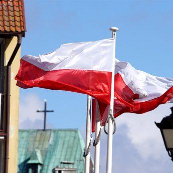 W Kamieniu Pomorskim i Świerznie zawyją syreny. W Dziwnowie spotkanie przy postumencie Jana Pawła II
