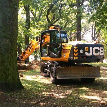 PGK rozpoczyna prace w parku Jana Pawła II