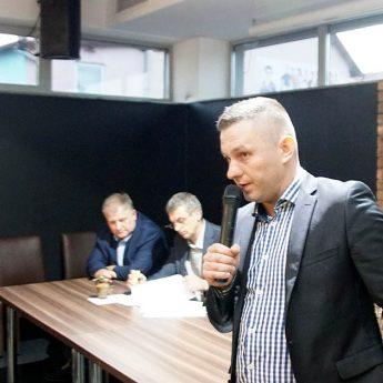 """""""Burmistrz powinien przede wszystkim dobrze zarządzać"""" - Maciej Zieliński spotkał się z mieszkańcami"""