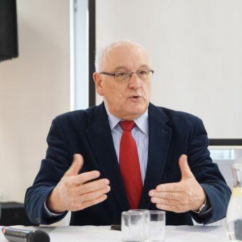 Kandydat PiS wzywa Burmistrza Dziwnowa do debaty!