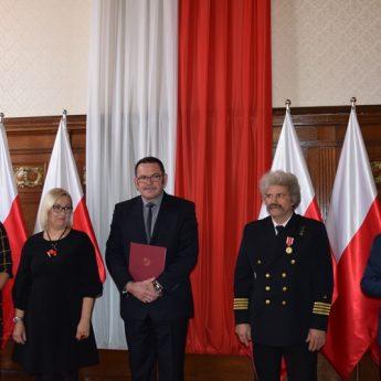 Kamieńscy pedagodzy z nagrodą Ministra Edukacji Narodowej oraz Komisji Edukacji Narodowej