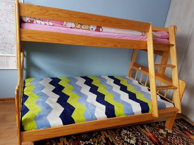 Sprzedam Drewniane łóżko Piętrowe 3 Osobowe Kamienskieinfo
