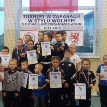 Najmłodsi zapaśnicy Wikinga Wolin najlepsi w Turnieju o Puchar Burmistrza Wolina