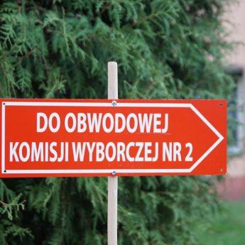 Frekwencja na godzinę 17. Najwięcej osób poszło oddać głos w gminie Golczewo