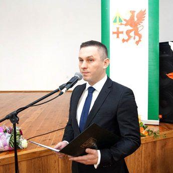 Burmistrz Maciej Zieliński złożył ślubowanie. Grzegorz Chłopek nowym przewodniczącym Rady Miejskiej