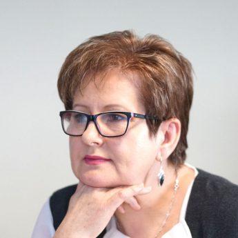 Burmistrz Golczewa odwołuje Jadwigę Adamowicz. Wojewoda zbada zgodność zatrudnienia byłej zastępcy burmistrza