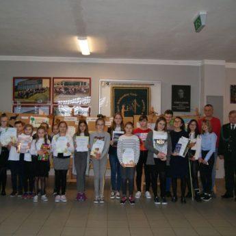 Uczniowie ze Szkoły Podstawowej w Golczewie wyróżnieni przez myśliwych
