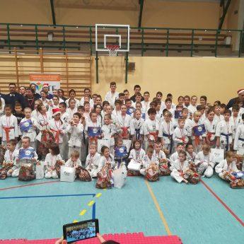 Karatecy z Międzyzdrojów i Wolina na turnieju w Złocieńcu