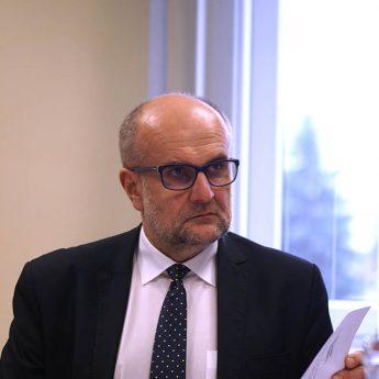 Leszek Szefliński rezygnuje z mandatu radnego powiatu