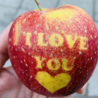 Złóż walentynkowe życzenia ukochanej osobie za pośrednictwem kamienskie.info
