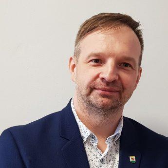 Tomasz Heppner nowym dyrektorem SzkołyPodstawowej im. Juliana Grunera w Świerznie
