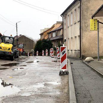 Ulica Curie - Skłodowskiej doczeka się nowego chodnika