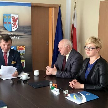 Powiat Kamieński i Gmina Świerzno z pieniędzmi na drogi dojazdowe