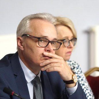 """Zastępca Burmistrza Golczewa: """"Pomimo zrozumienia, nie możemy rozłożyć spłaty wynagrodzenia na raty"""""""
