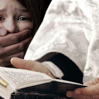 """""""Nie ma słów, aby wyrazić nasz wstyd"""" - list biskupów w sprawie pedofilii w Kościele"""