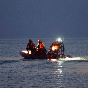 Strażacy oraz SAR w Międzywodziu. Poszukiwania ciała zakończone bez efektów