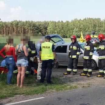 BMW wjechało w Skodę. Wymuszenie przyczyną zderzenia