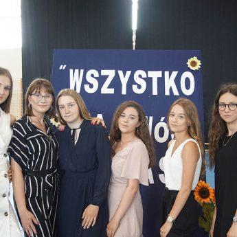 Kamieńskie gimnazjum przeszło do historii. 89 uczniów skończyło rok szkolny