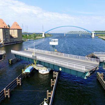 Częstotliwość otwierania mostu w Wolinie zostanie zwiększona. Umowa dotacji podpisana!