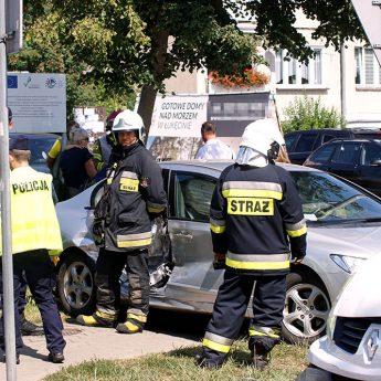 Wypadek w Dziwnówku. 4 - letnie dziecko przewiezione do szpitala