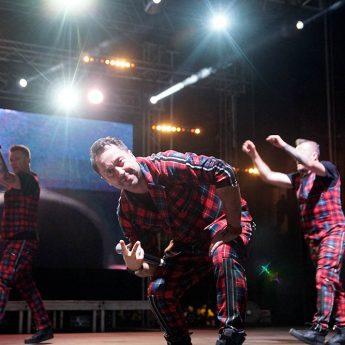 Zespół Boys rozkołysał Dziwnów. Pierwszy dzień Festiwalu Gwiazd Sportu za nami