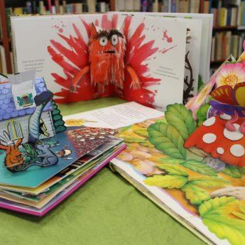 """Książka artystyczna - Jak zwabić """"nieczytaczy"""" i zadowolić wymagających małych czytelników"""