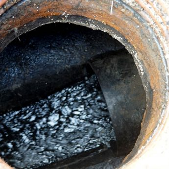 Kanalizacyjny problem ulicy Lipowej rozwiązany. PGK zakończyło remont sieci