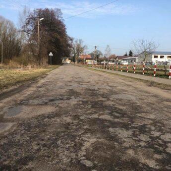 Jest dofinansowanie do przebudowy drogi w Chominie