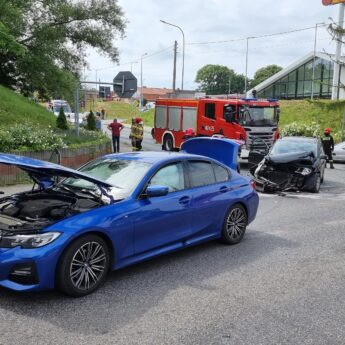 Zderzenie dwóch aut w Kamieniu Pomorskim