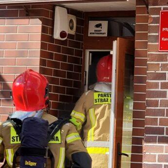 Zwarcie instalacji elektrycznej postawiło na nogi dwa zastępy straży pożarnej