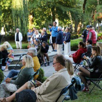 Klasyczne Wtorki w Parku Chopina - Duet Claro De Luna