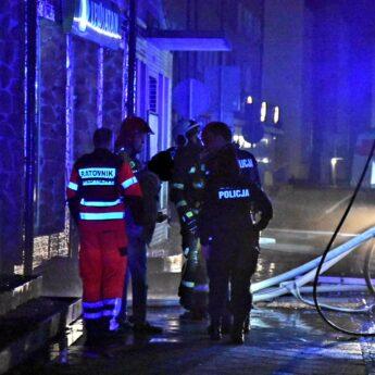 """TVP Info o przyczynie pożaru w Kamieniu Pomorskim: """"Pozostawiona świeczka"""""""