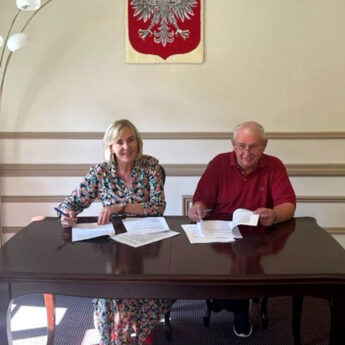 Umowa na przebudowę drogi Dargobądz - Karnocice podpisana