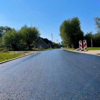 Na drodze w Duniewie pojawił się nowy asfalt!