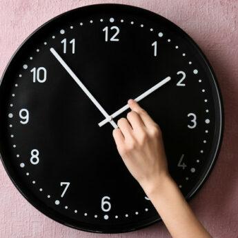 W najbliższy weekend pośpimy dłużej