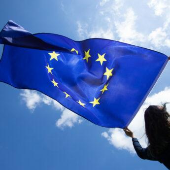 Ilu Polaków chciałoby referendum ws. obecności w UE? [SONDA]